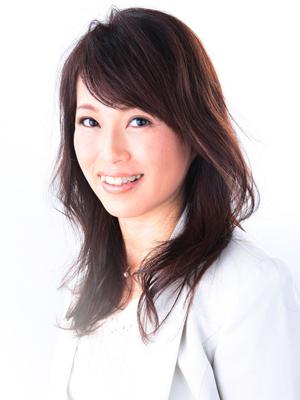 クリスタル・アーティスト / サンキャッチャー・クリエイター井上ひろこ 近影